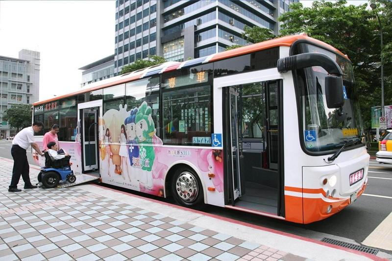 台北市公車(圖/台北旅遊網)