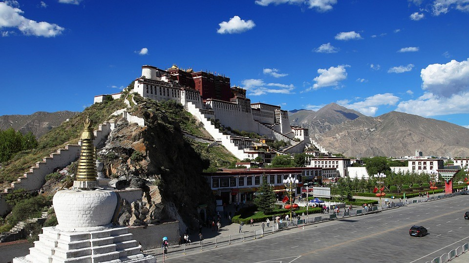 Potala Palace in Lhasa, Tibet (Image by Pixabay)