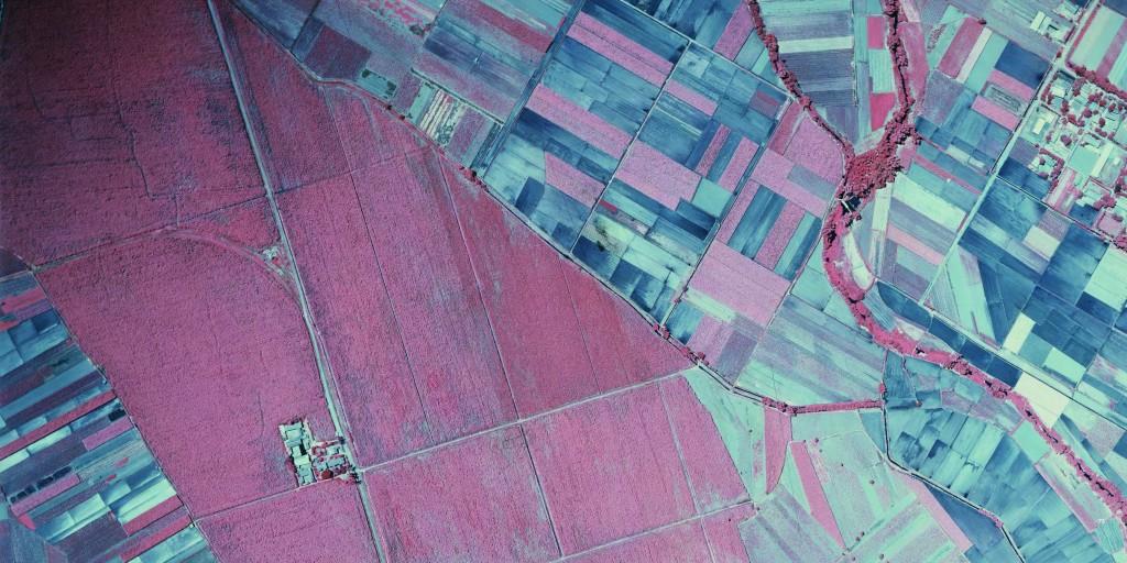 農航所新書《不可見的臺灣》 精選136幅航空底片重見戰後發展歷程