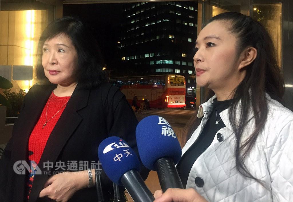 鄭惠中(左)和應曉薇(右)(圖片來源:中央社)