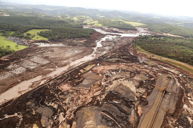 Brazilian mining company pledges payments to dam mudslide victims