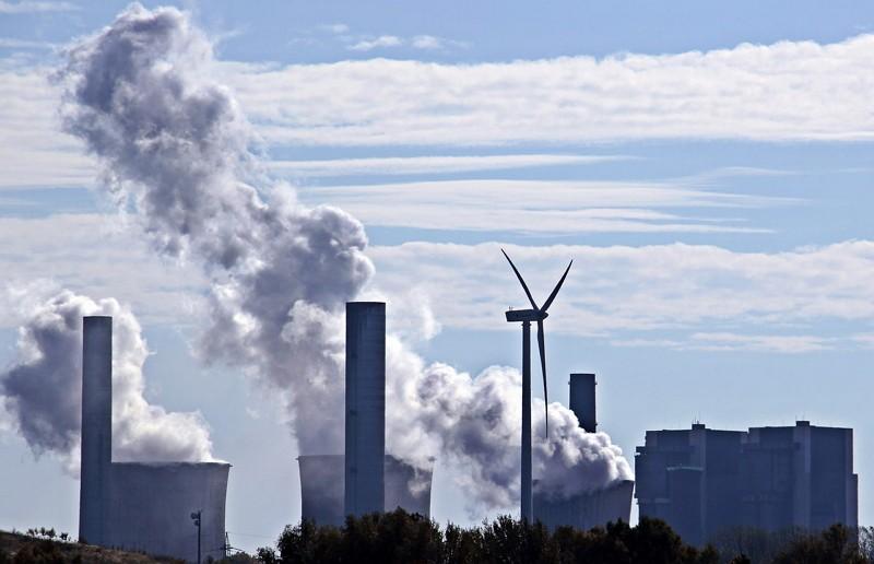 燃煤發電廠(圖/Pixabay)