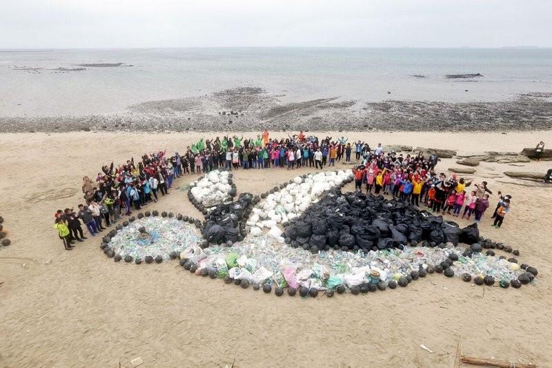 2017年12月15日環保團體於澎湖舉行一連兩天的淨灘活動。