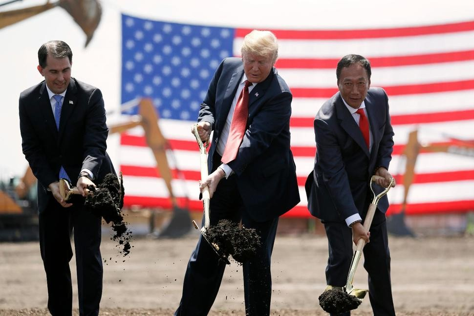 Foxconn chief Terry Gou (right) at last year's groundbreaking ceremony with President Donald Trump (center) and then-Wisconsin Governor Scott Walker.