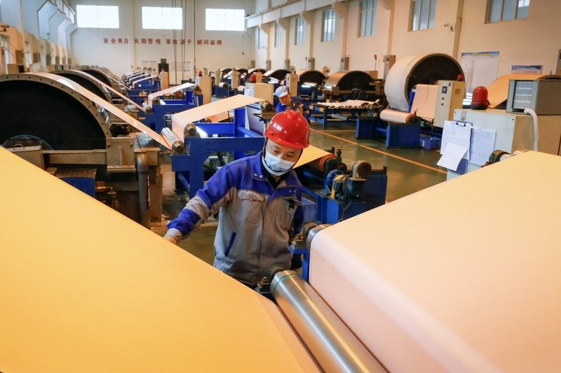 China manufacturing survey shows shock fall in confidence