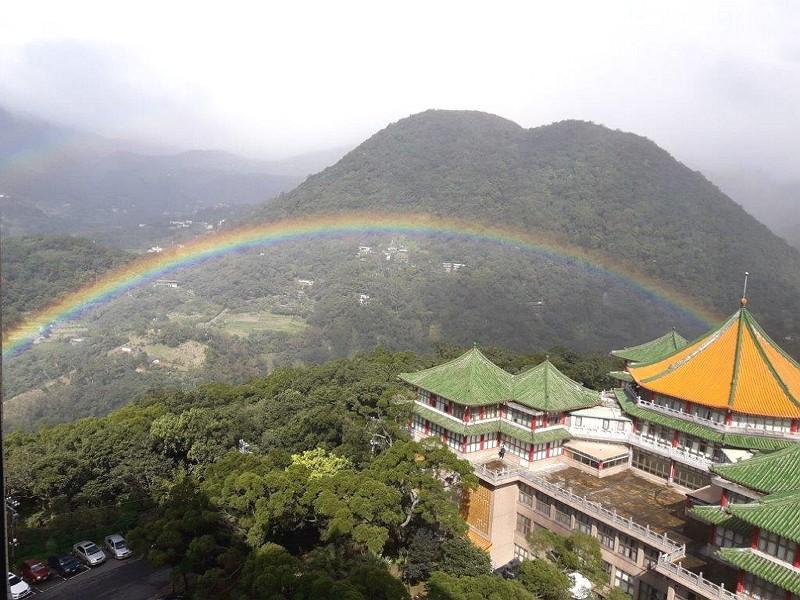 文化大學是追尋彩虹的絕佳據點(圖:觀傳局/文化大學周昆炫教授)