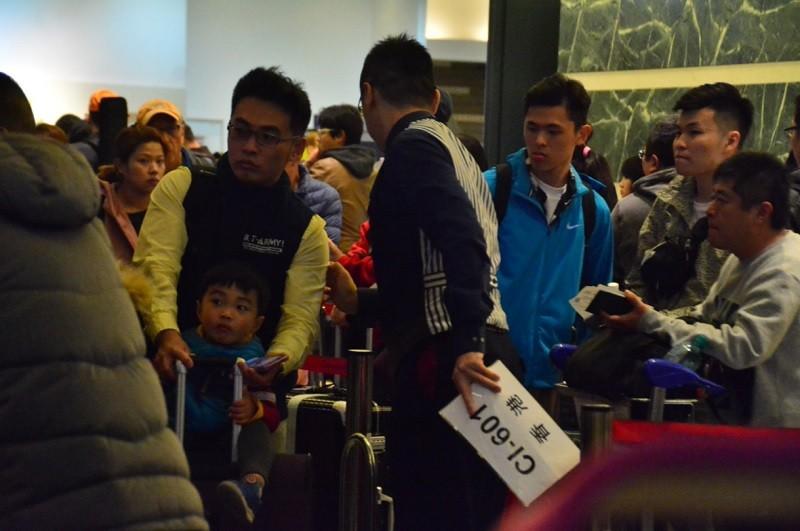 【旅客權益】華航罷工 觀光局:旅行社應負擔旅客滯留費用