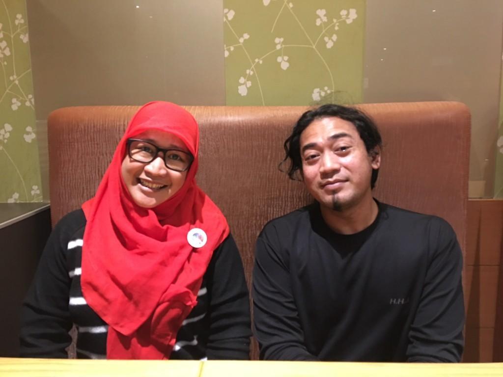 印尼志工團共同創辦人瑪雅薩里與韓多。
