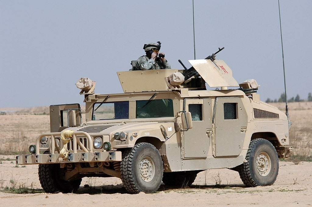 A Hummer in Iraq (photo courtesy of US Navy)