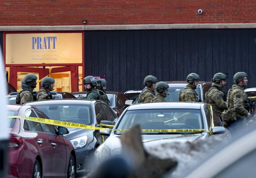美國伊利諾州發生槍擊案。(美聯社)