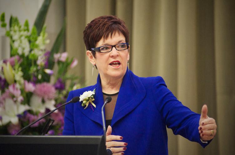 紐西蘭前總理嚇壞!人民日報擅自幫她寫時評刊出