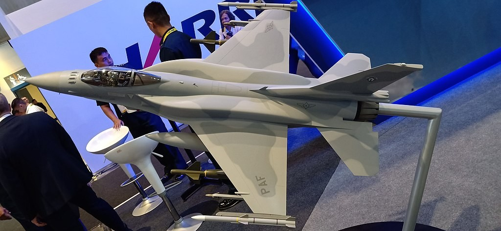 A model of the F-16V Viper at a defense show in Manila last year (photo by Rhk111).