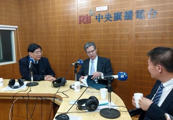 US Ambassador Brownback, center, and radio hostSen Hong Yang, left, at RTI