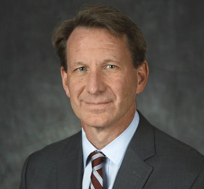 美FDA局長之職將由Norman Sharpless接任,52歲的Sharpless兼具腫瘤學領域的權威醫生和研究員身分。(圖/美聯社)