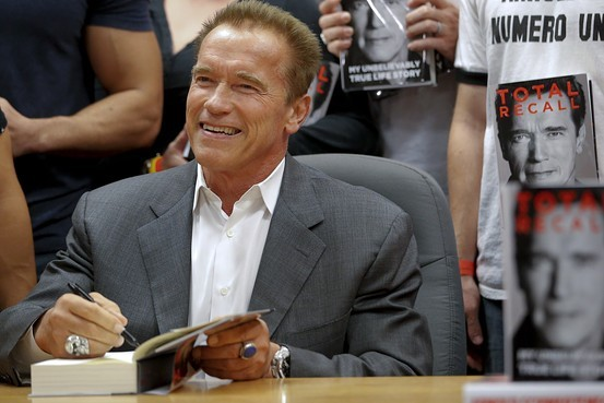 Arnold Schwarzenegger won't be coming to Kaohsiung after all.
