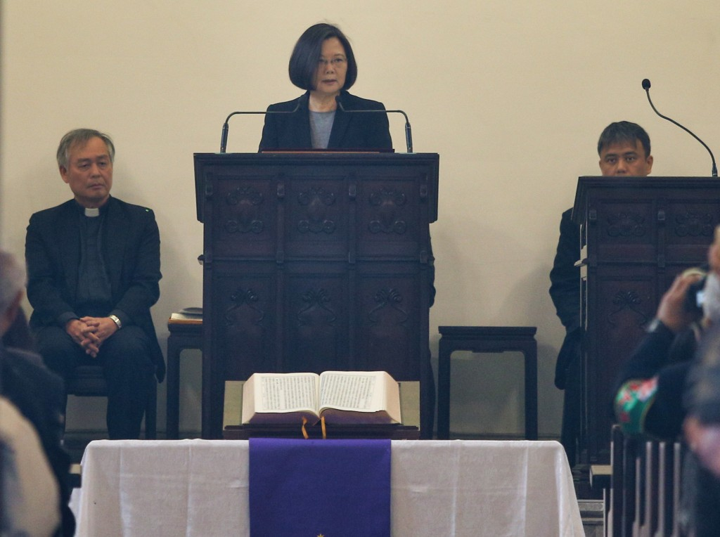 總統蔡英文16日出席台北濟南教會舉辦的高俊明牧師追思會(照片來源:中央社提供)