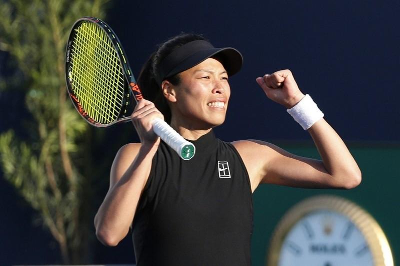 謝淑薇25日在邁阿密網賽女單擊敗「丹麥甜心」瓦芝妮雅琪(美聯社)