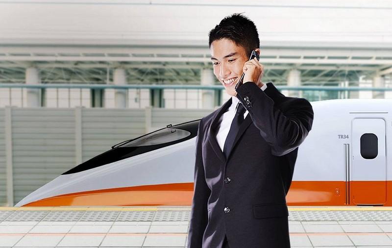 台灣高鐵推出Messenger訂票服務(圖/高鐵臉書)