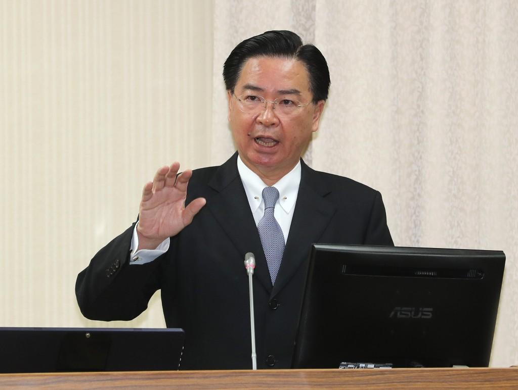 外交部長吳釗燮1日在立法院報告並備詢(照片來源:中央社提供)