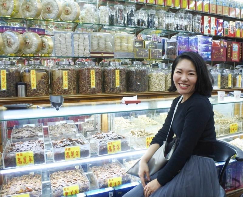 Ishii Mikiko at Dadaocheng Market (Photo from Ishii Mikiko)