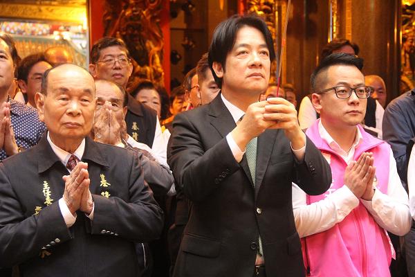William Lai at Qingan Temple, Keelung, April 12
