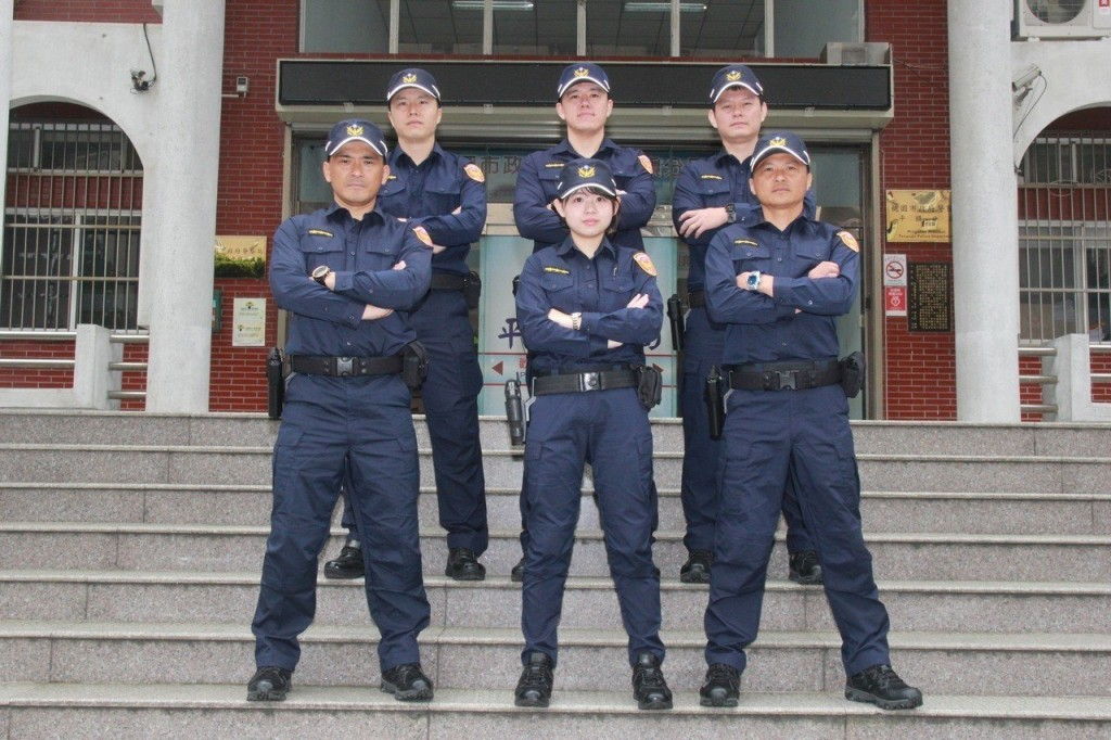 New Police Uniforms (Photo from Pingzhen Police Office)