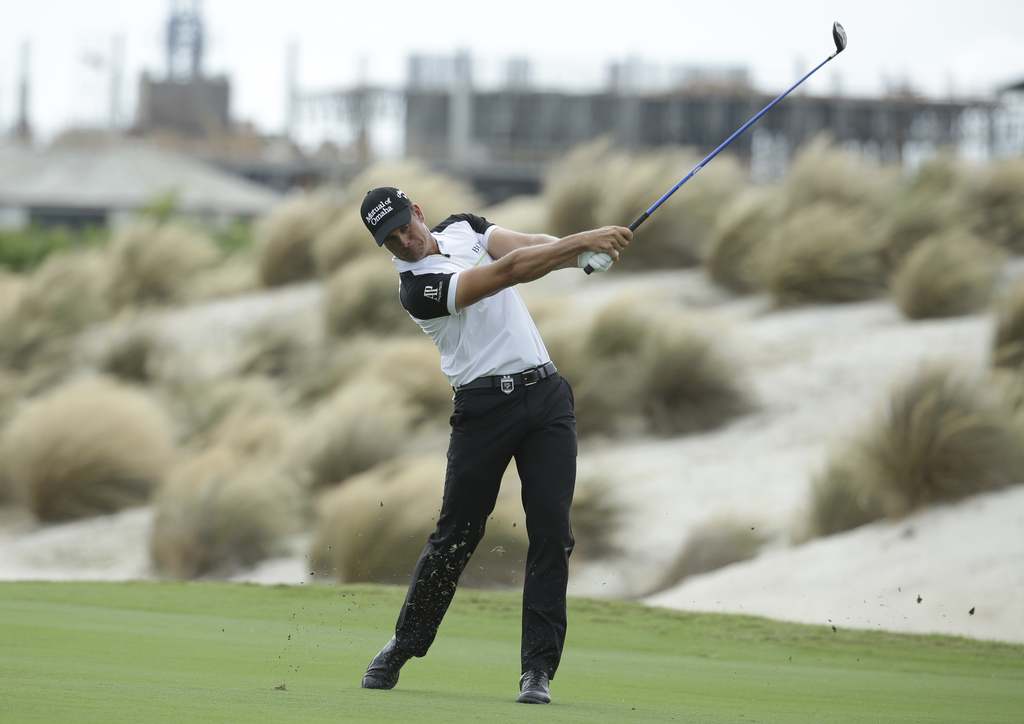 Henrik Stenson, of Sweden, hits from the third fairway during the final round at the Hero World Challenge golf tournament, Sunday, Dec....