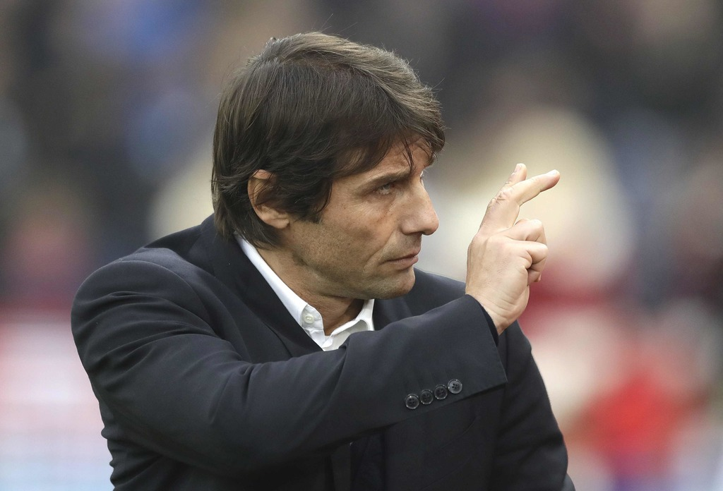 Chelsea's manager Antonio Conte takes his place on the bench before the English Premier League soccer match between Crystal Palace and ...