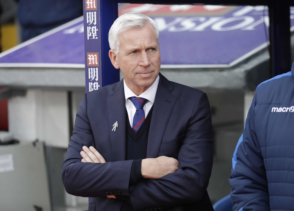 Palace manager Alan Pardew takes his place before the English Premier League soccer match between Crystal Palace and Chelsea at Selhurs...