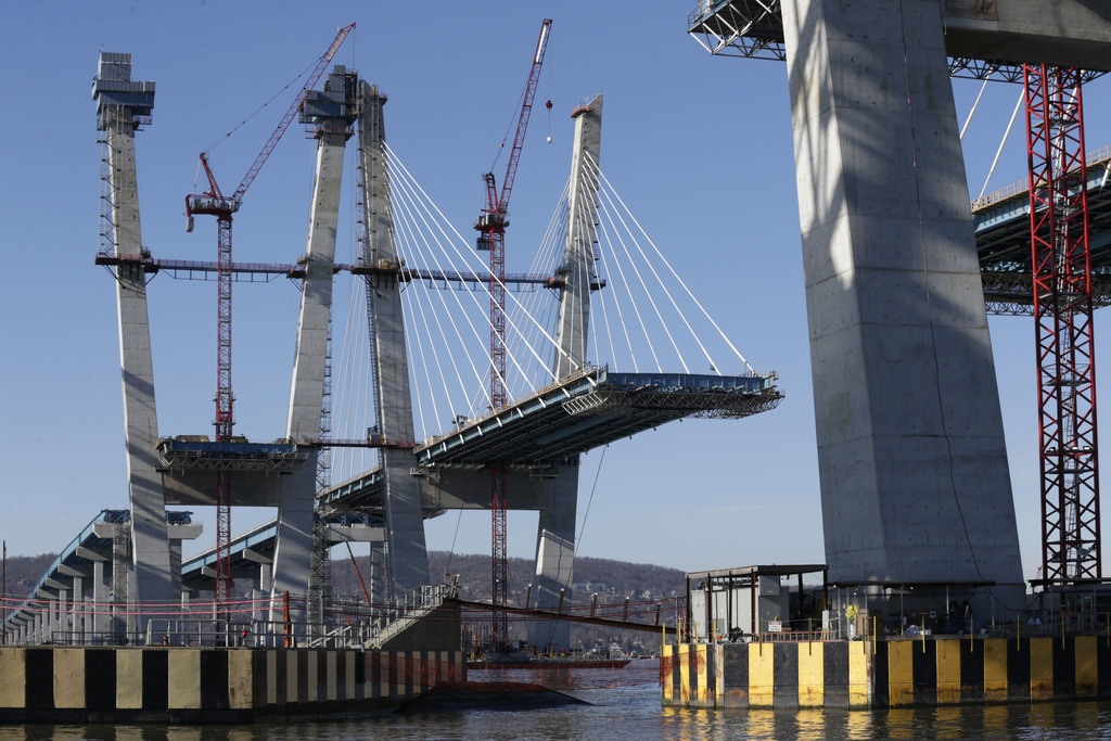 Work continues on the new Tappan Zee Bridge near Tarrytown, N.Y., Tuesday, Dec. 20, 2016. The $4 billion bridge replacement is of the b...