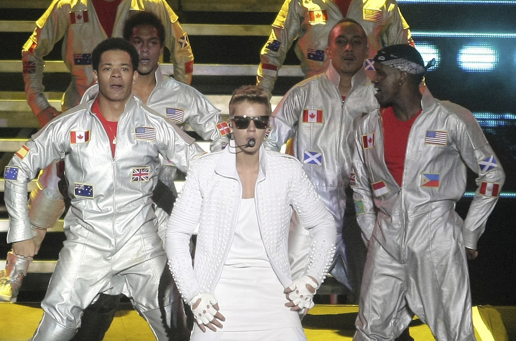 FILE - In this Nov. 10, 2013 file photo, Canada's pop star Justin Bieber performs in concert during his Believe world tour in Buenos Ai...