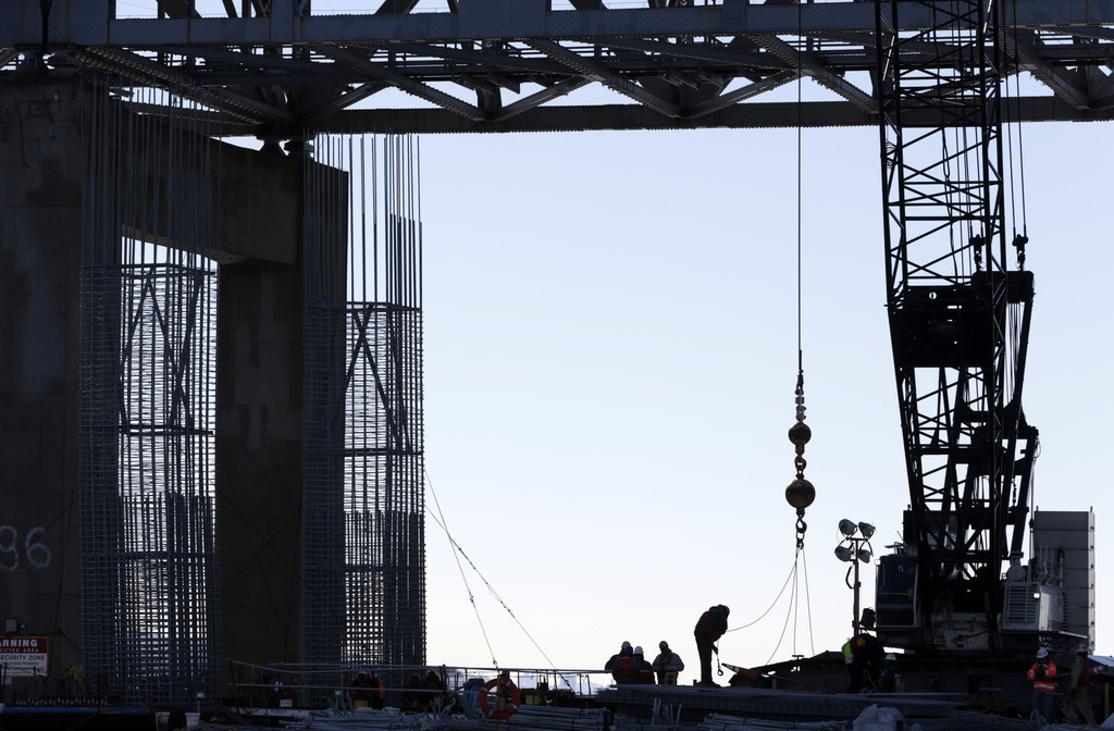 Work continues on the new Tappan Zee Bridge near Tarrytown, N.Y., Tuesday, Dec. 20, 2016. The concrete needed for New York's new, $4 bi...