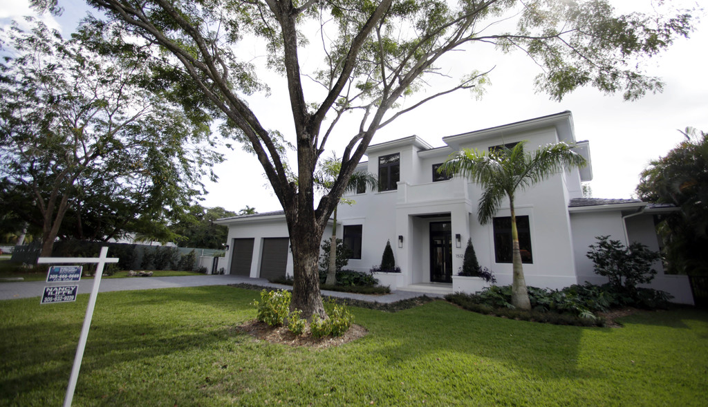 This Tuesday, Dec. 6, 2016, photo shows a house for sale in Coral Gables, Fla. On Wednesday, Dec. 28, 2016, the National Association of...