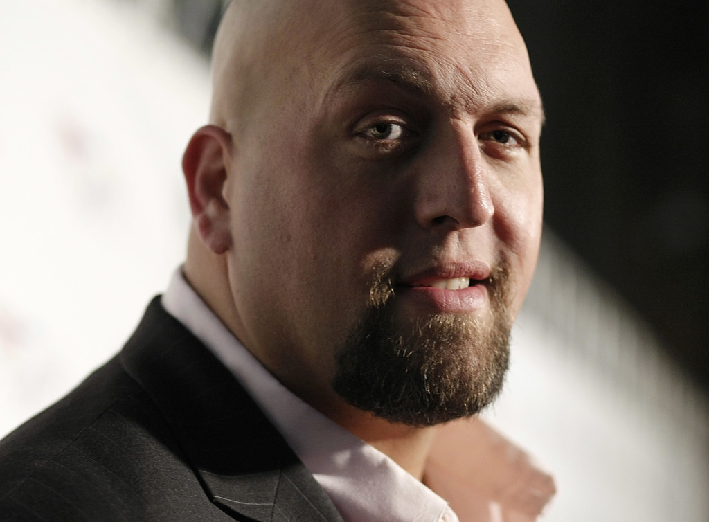 FILE - In this Friday, Aug. 21, 2009, file photo, WWE Wrestler Big Show arrives at the World Wrestling Entertainment SummerSlam kickoff...