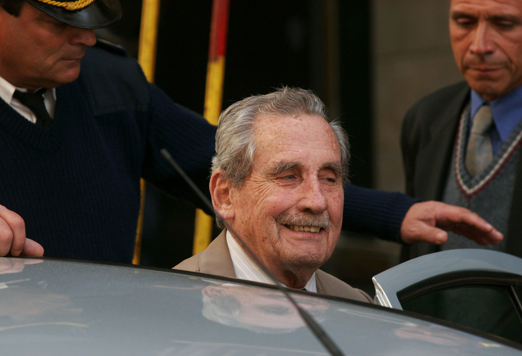 FILE - In this Nov. 5, 2007 file photo, former Uruguayan dictator Gregorio Alvarez arrives to court in Montevideo, Uruguay. Alvarez, th...