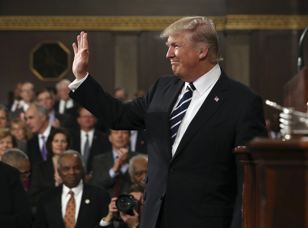 President Donald Trump arrives on Capitol Hill in Washington, Tuesday, Feb. 28, 2017, for his address to a joint session of Congress. (...