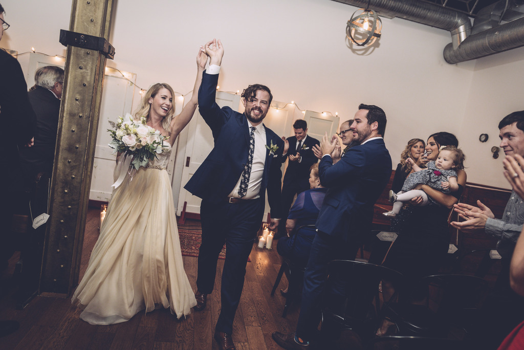 This Oct. 8, 2016, photo provided by Chondon Photography shows newly-married couple Heidi and Rob Cundari after their wedding, in Thund...