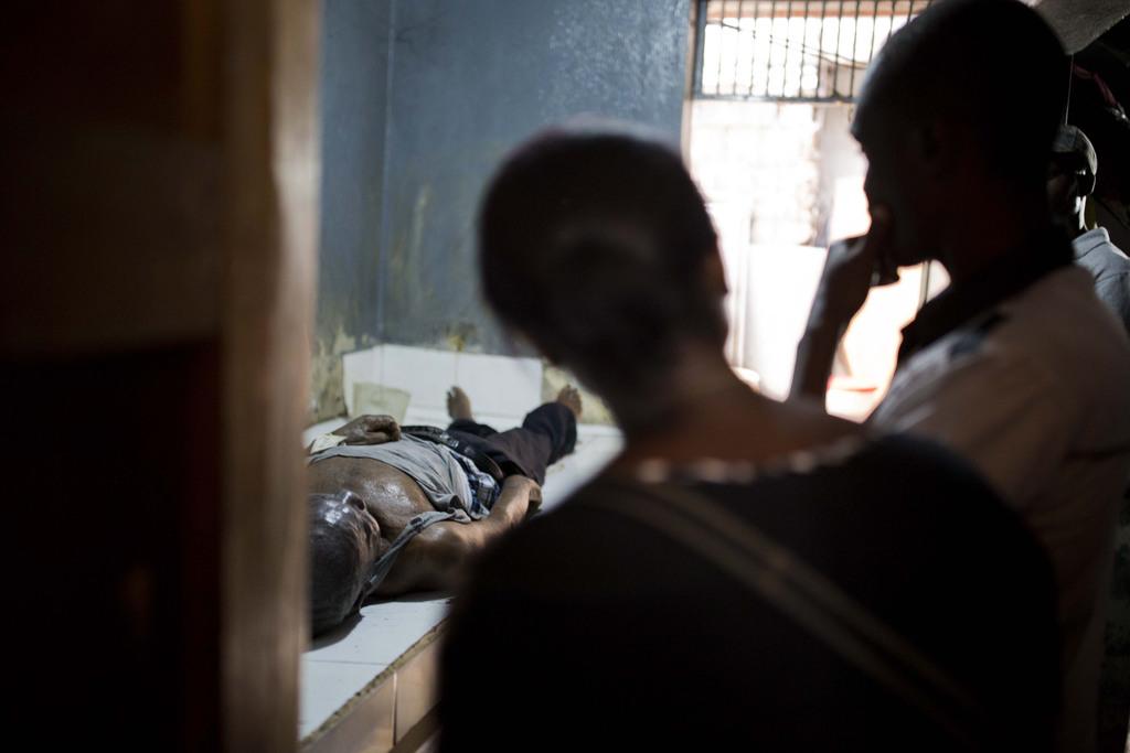 Grieving Haitians go into lifetime of debt to    | Taiwan News