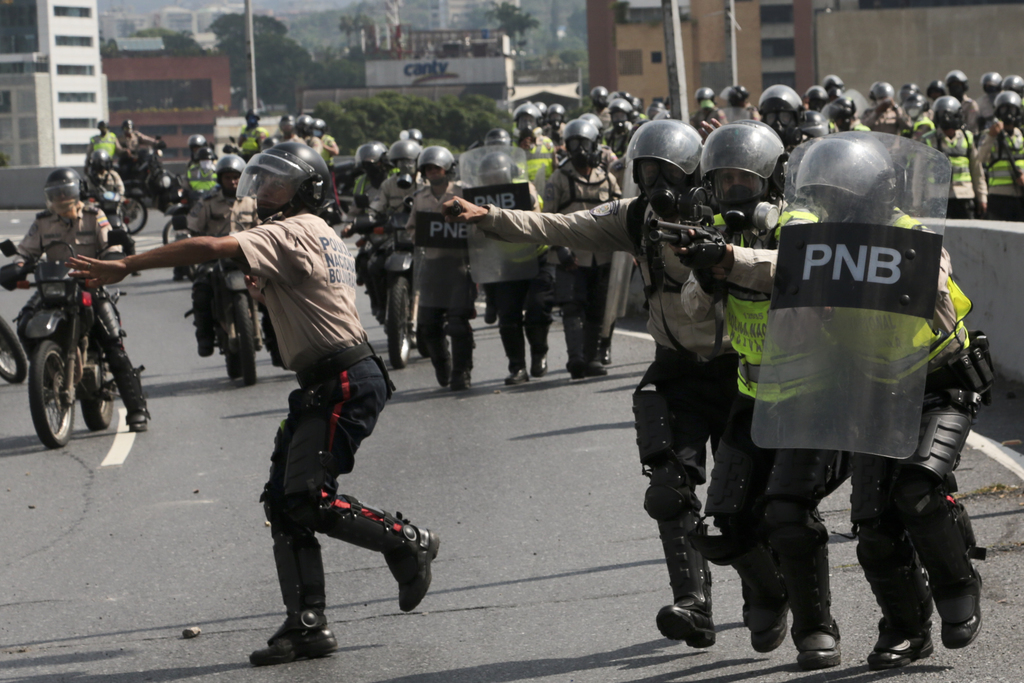 Calls for calm in Venezuela over rising unrest