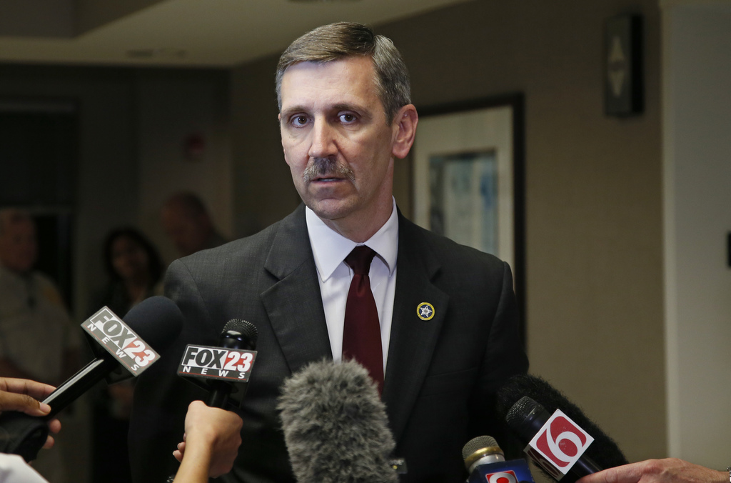 Steve Kunzweiler, Tulsa County District Attorney, talks with the media following a verdict in the trial of  Tulsa police officer Betty ...