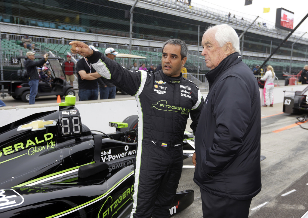 Castroneves fastest on Carb Day as another Honda engine goes