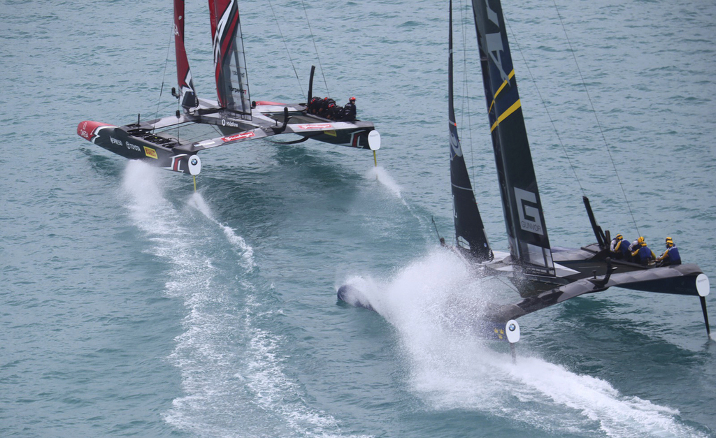 Emirates Team New Zealand take early advantage