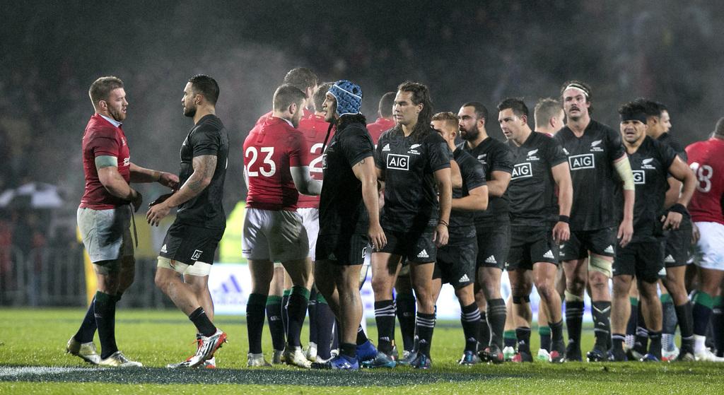 Gatland blasts All Blacks tactics as Test looms