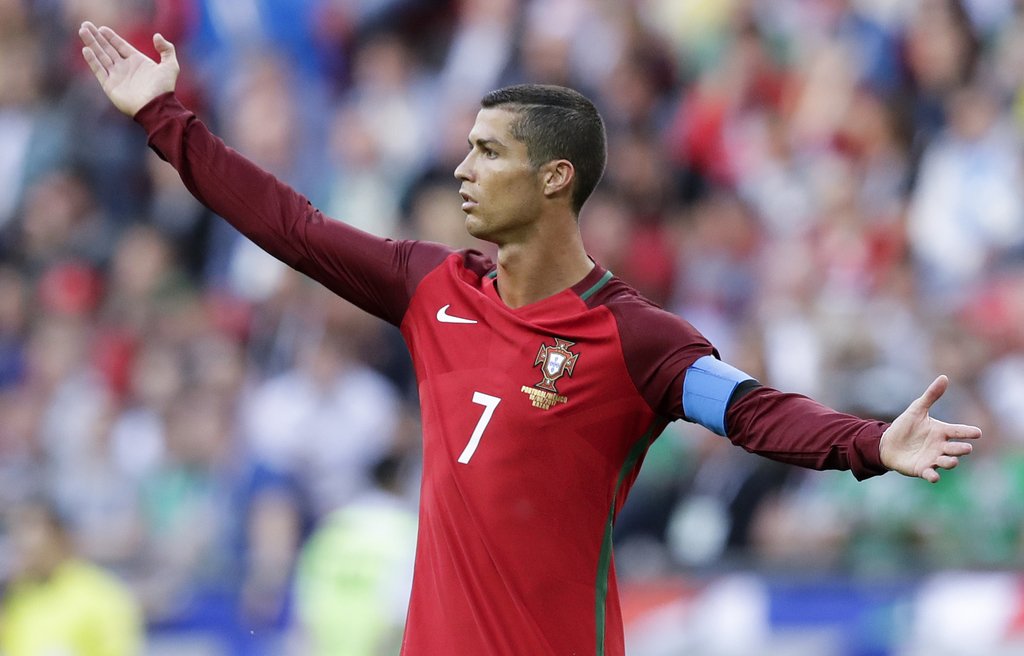 Cristiano Ronaldo rethinking decision to leave Real Madrid after Florentino Perez support