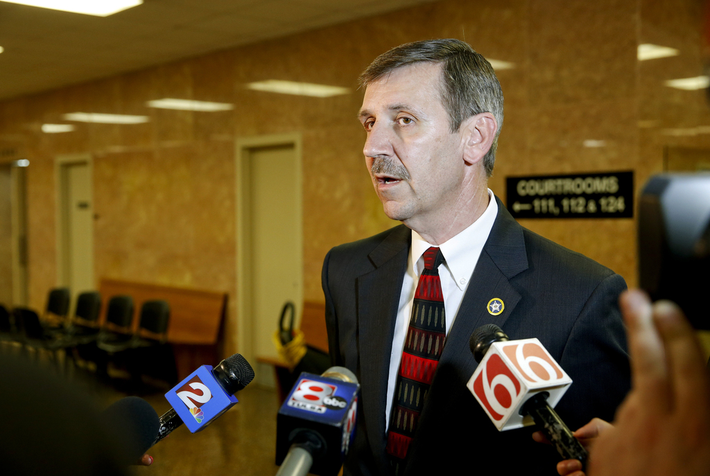 Tulsa District Attorney Steve Kunzweiler addresses the media after a hung jury verdict was announced against Shannon Kepler at the Tuls...