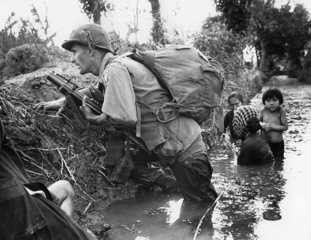 factors leading to the vietnam war The vietnam war divided americans more deeply than any conflict since the civil war identify three factors that led to the growth of the antiwar movement select the one you think was the most important and explain why.