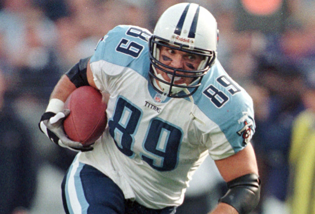 FILE - This Sunday, Dec. 5, 1999 file photo shows Tennessee Titans tight end Frank Wycheck during a football game against the Baltimore Ravens in Balt...