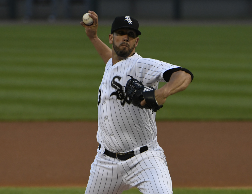 Chicago White Sox starting pitcher James Shields (33) throws the ball against the Toronto Blue Jays during the first inning of a baseball game, Monday...
