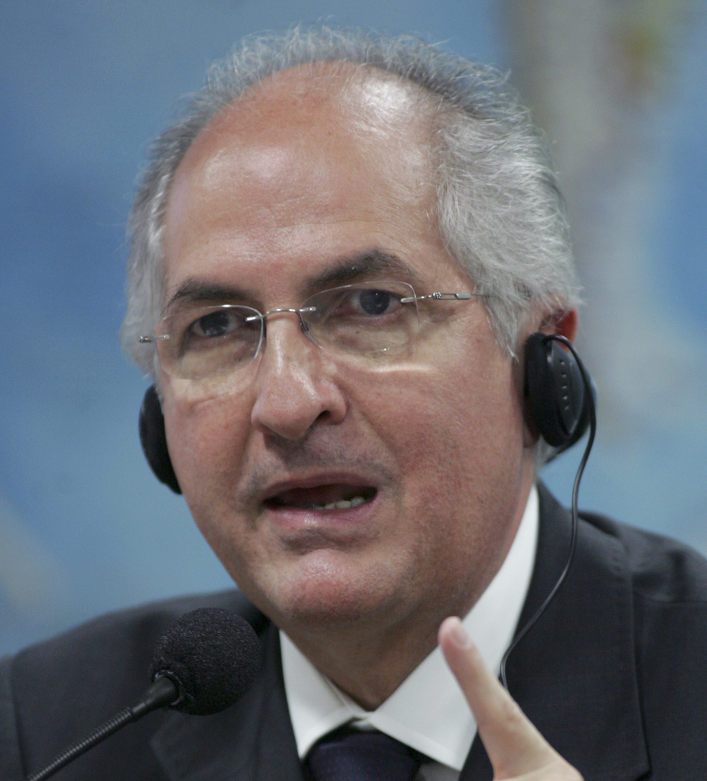 FILE - In this Oct. 27, 2009, file photo, Caracas Mayor Antonio Ledezma addresses the Commission of External Relationships in Brazil's Senate in Brasi...