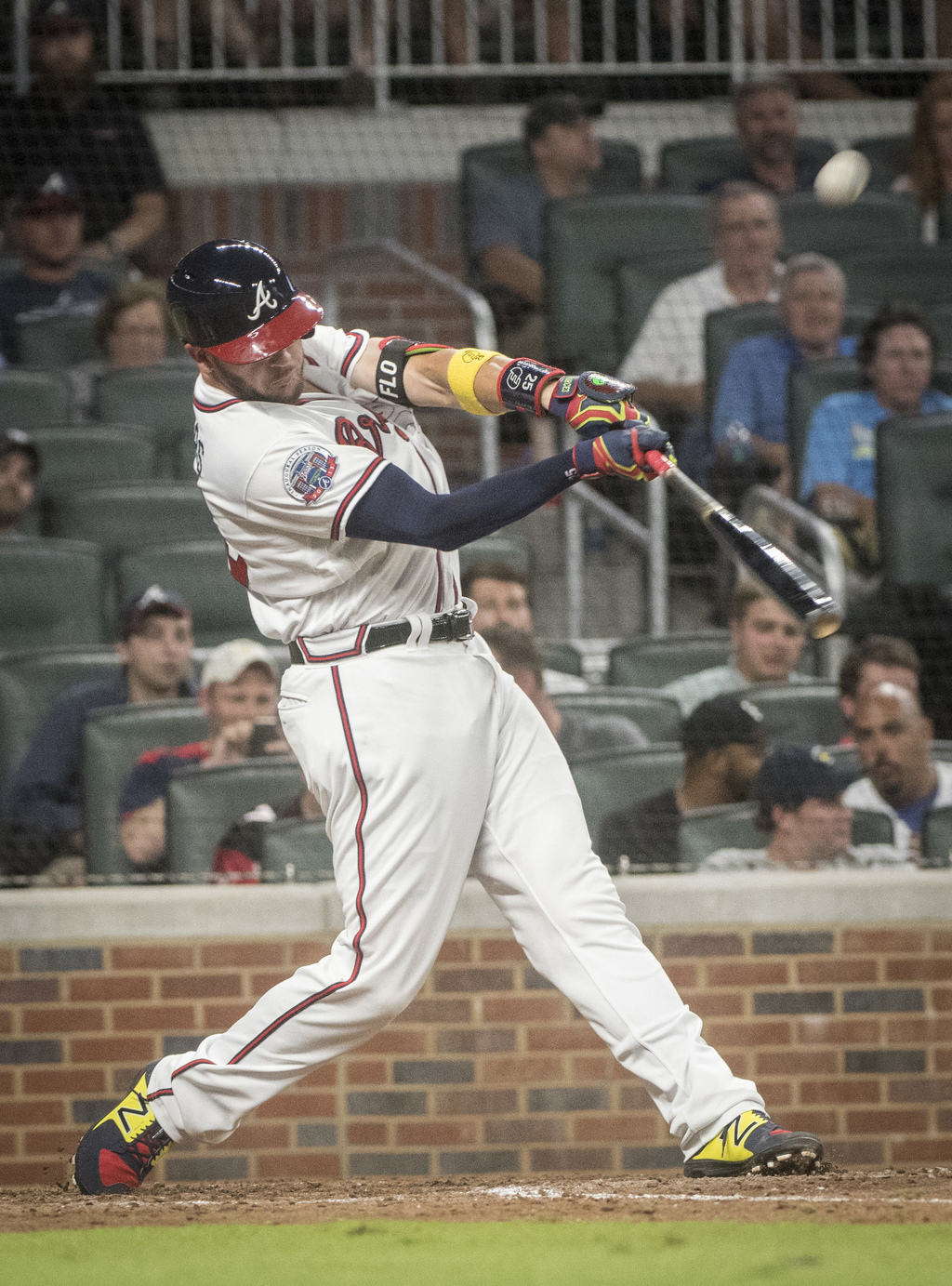Atlanta Braves' Tyler Flowers hits a go-ahead two-run home run during the eighth inning of the team's baseball game against the Los Angeles Dodgers, W...